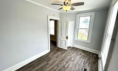 Living Room, 420 N Hickory St, 0