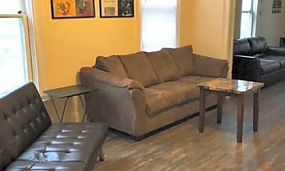 Living Room, 403 W Illinois St, 0