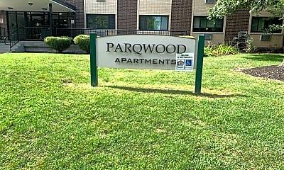 Parqwood Apartments, 1