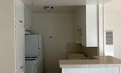 Kitchen, 1515 Beloit Ave, 1