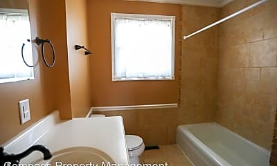 Bathroom, 5510 Country Dr, 2