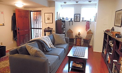 Living Room, 1716 1/2 A St SE, 1