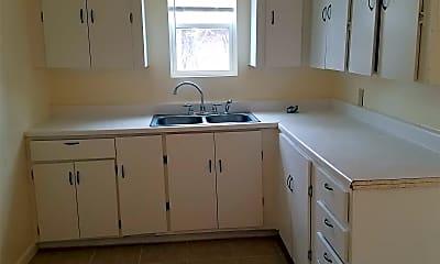 Kitchen, 2644 SW 38th St, 1