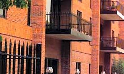 550 Apartments, 0