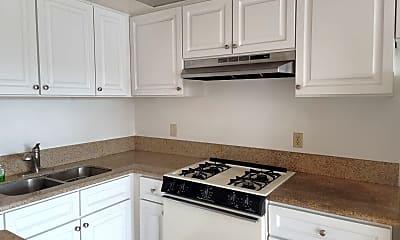 Kitchen, 910 W 26th St, 1