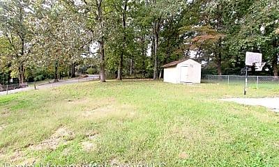 Building, 421 Tupelo Rd, 2