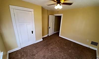 Bedroom, 81 E Hillcrest Ave, 2