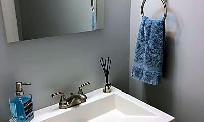 Bathroom, 1009 Queens Way, 1