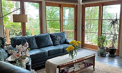 Living Room, 2113 E Lake Sammamish Parkway SE, 0