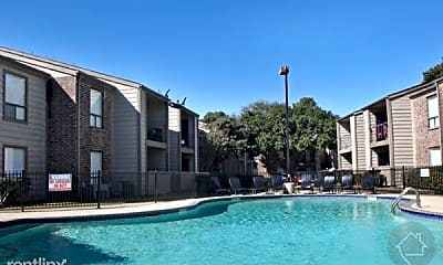 Pool, 950 FM1959, 0