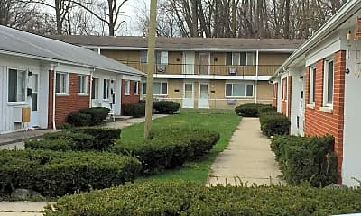 Building, Laskey Manor, 1