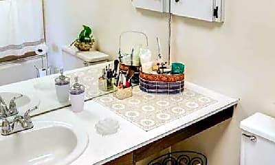 Bathroom, 1901 Washington Blvd, 2
