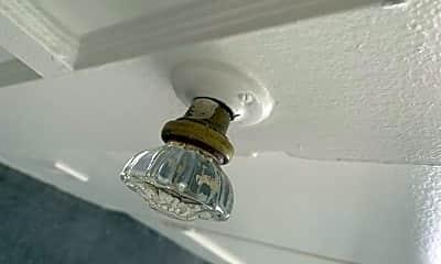 Bathroom, 1316 Havenhurst Dr, 2