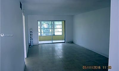 Living Room, 609 S State Rd 7 1C, 0