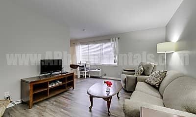 Living Room, 5515 A St, 1