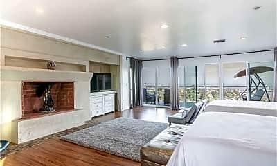 Living Room, 2797 Creston Dr, 2