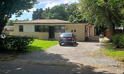 Building, 1010 NE 121st St 02, 1