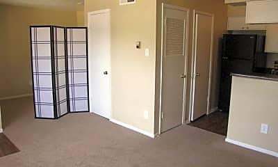 Lexington Apartment Homes, 2