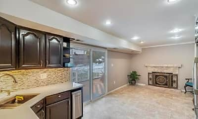 Kitchen, 805 Mosby Hollow Dr, 2