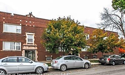 Kitchen, 6056 S Fairfield Ave, 1
