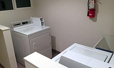 Bathroom, 1404 25th Ave, 2
