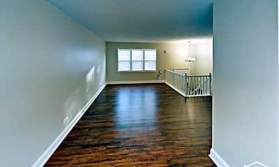 Living Room, 17820 Arlington Dr, 1