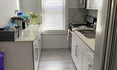 Kitchen, 1548 E 2nd St, 2