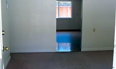 Living Room, 1413 Oak Ave, 1