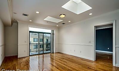 Living Room, 85 Maple St, 1
