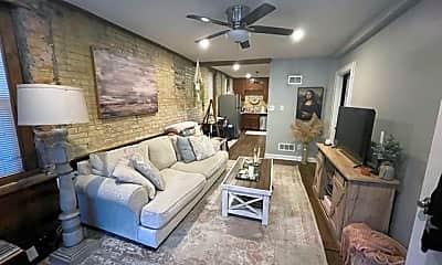 Living Room, 1817 N Humboldt Ave, 0