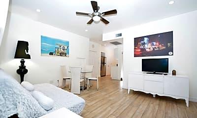 Living Room, 700 Lenox Ave, 2