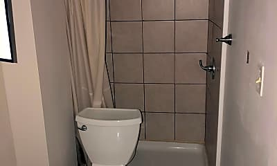 Bathroom, 272 W McMicken Ave, 2