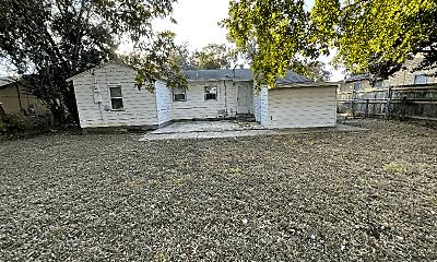 Building, 604 Patton Dr, 1