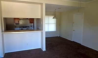 Kitchen, 3909 Georgetown Dr, 1
