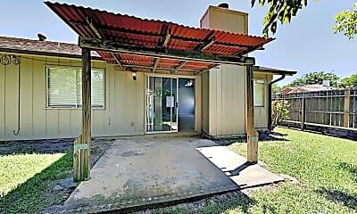 Building, 11118 Nepau Dr, 2