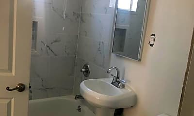 Bathroom, 100 Rose Ln, 1