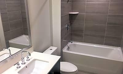 Bathroom, Broward Blvd. Brand New 1st Month FREE, 2