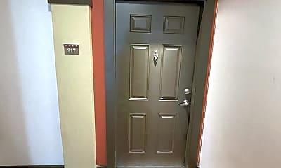 Bathroom, 3000 Vanderbilt Pl, 1