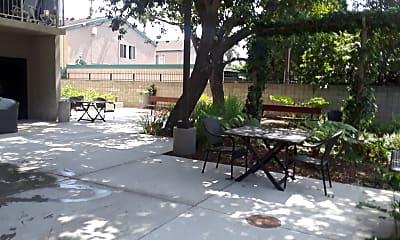 Flower Terrace Apartments, 2
