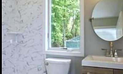 Bathroom, 139 Brighton Ave, 2