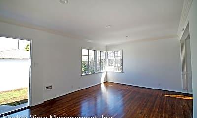 Living Room, 1706 Pullman Ln, 1
