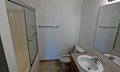 Bathroom, 1521 NE 148th St, 1