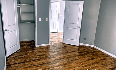 Bedroom, 66 E 48th St, 1