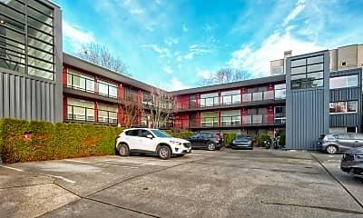 Building, 752 Bellevue Ave E, 0