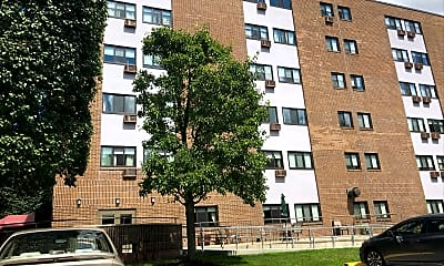 Chimney Hill Apartments, 2
