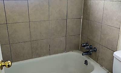 Bathroom, 1600 Geneva St, 2