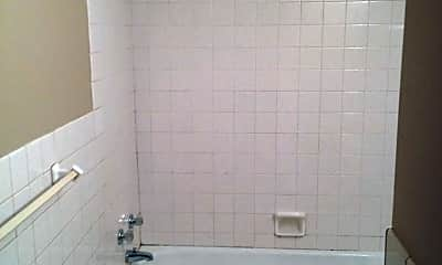 Bathroom, 1149 Forest St N, 1