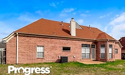 Building, 8209 Buckhead Ln, 2