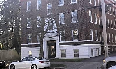 Building, 182 Lafayette St, 1