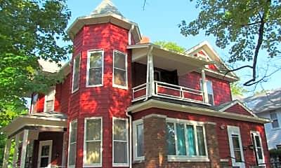 Building, 401 N. Indiana, 1